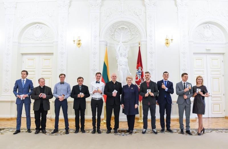 """Prezidentė telkia visus į nacionalinę kampaniją """"Už saugią Lietuvą"""""""