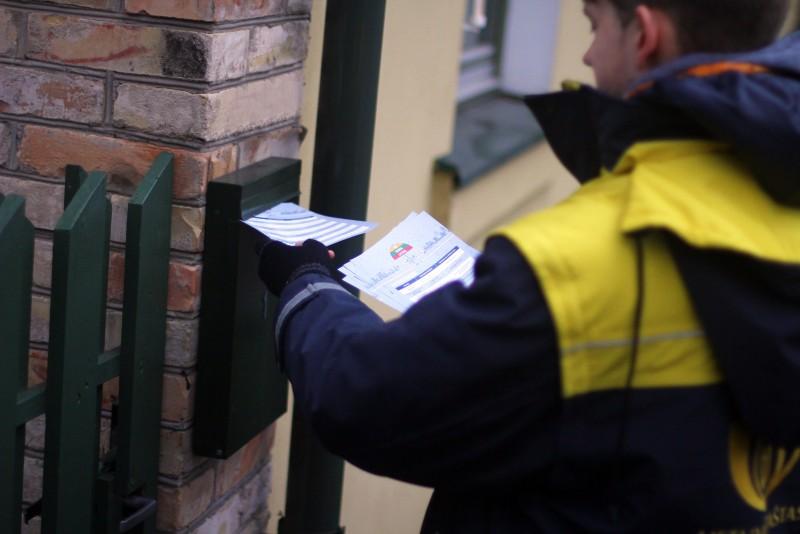 Gyventojų laiškų dėžutėse – kvietimas nebūti abejingiems
