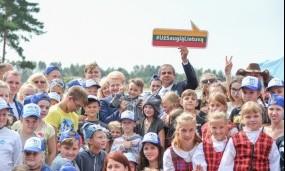 """Prie kampanijos """"Už saugią Lietuvą"""" jungiasi užsienio šalių diplomatai"""