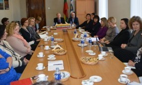 """Kampanija """"Už saugią Lietuvą"""": pagalba varėniškiams kovoje su priklausomybėmis"""