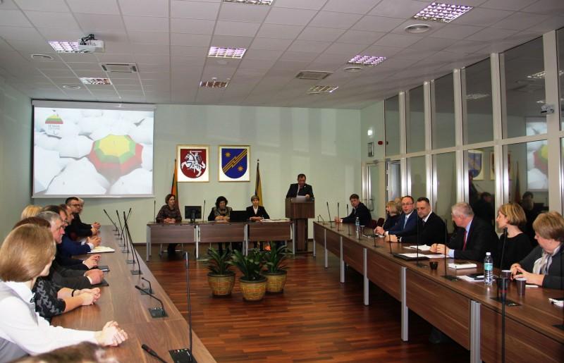 """Kampanija """"Už saugią Lietuvą"""": pagalba elektrėniškiams kovoje su priklausomybėmis"""