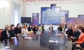 Moterų mentorystės projektas