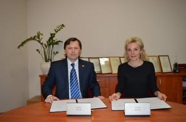 Pasirašytas bendradarbiavimo ketinimų protokolas tarp Kauno pedagogų kvalifikacijos centro ir Kauno apygardos ir apylinkės prokuratūros