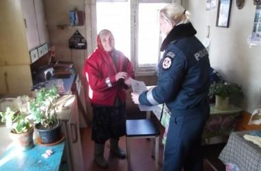 Atokiai gyvenančių ir vienišų senyvo amžiaus žmonių lankymas