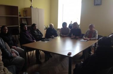 Apvaliojo stalo susitikimai su socialinės rizikos šeimomis ir įvairių sričių specialistais