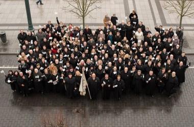 Vaikų namų, dienos centrų darbuotojai iškilmingame Lietuvos advokatūros renginyje Nacionaliniame operos ir baleto teatre